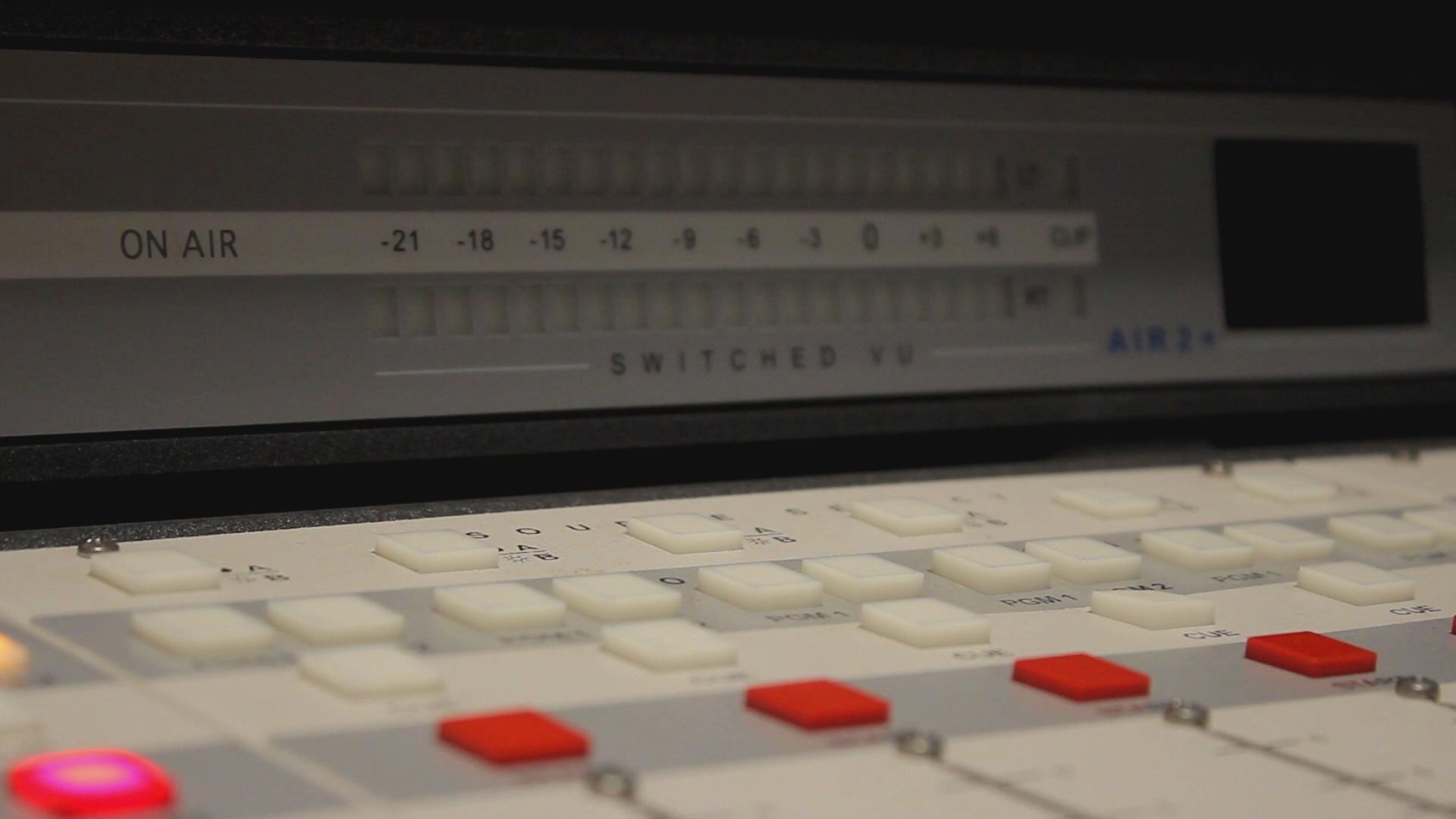 radio1920x1080.jpg